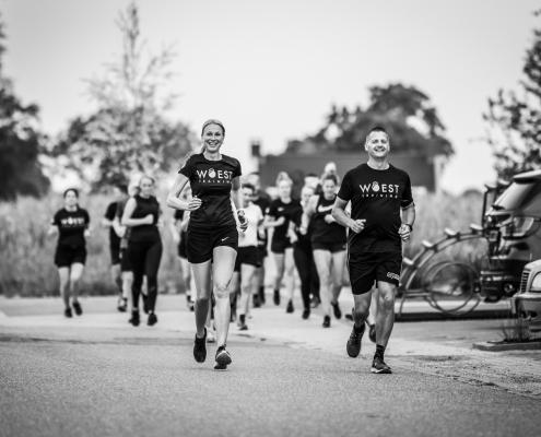WOEST Training hardloopcursus elkaar motiveren
